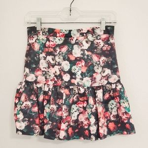 RE:NAMED•Floral/rose print skirt•NWT •size Lg.•